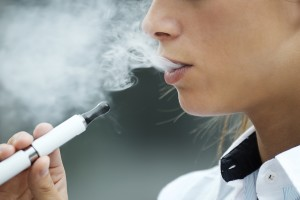 Smoking E-Cigarettes Of No Benefit